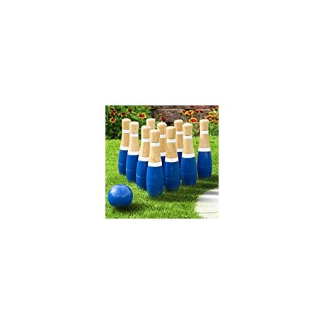 Backyard Lawn Bowling Game